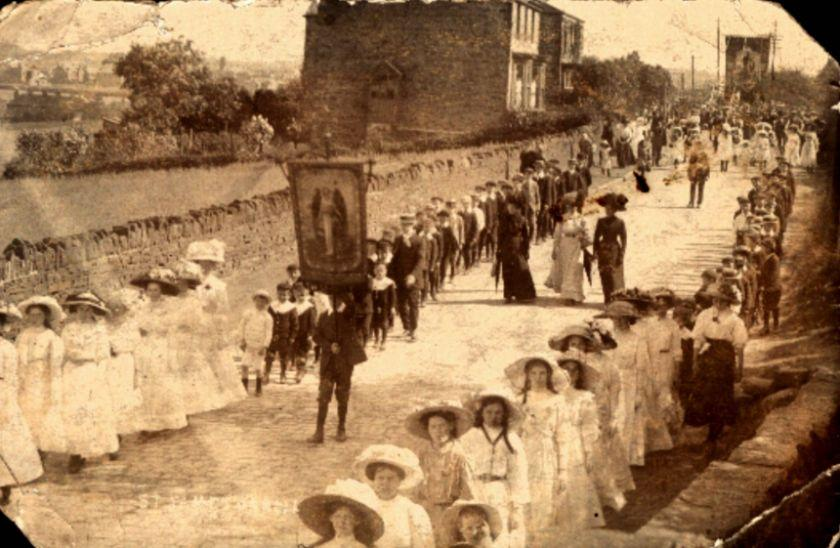Church walk from Tontine to Upholland, c1908.