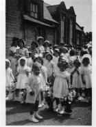 Start of the procession in Back Lane, Holland Moor.1949/50