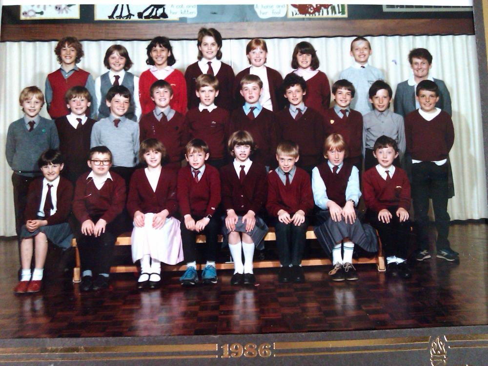 5th Year Primary School Class Photo 1986