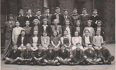 St John The Baptist class photo.