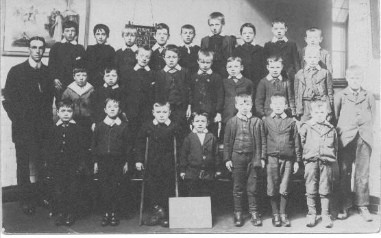 Spring View School pupils, early 1900's.