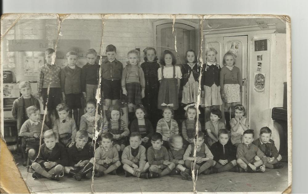 Infants and juniors 1952/3.