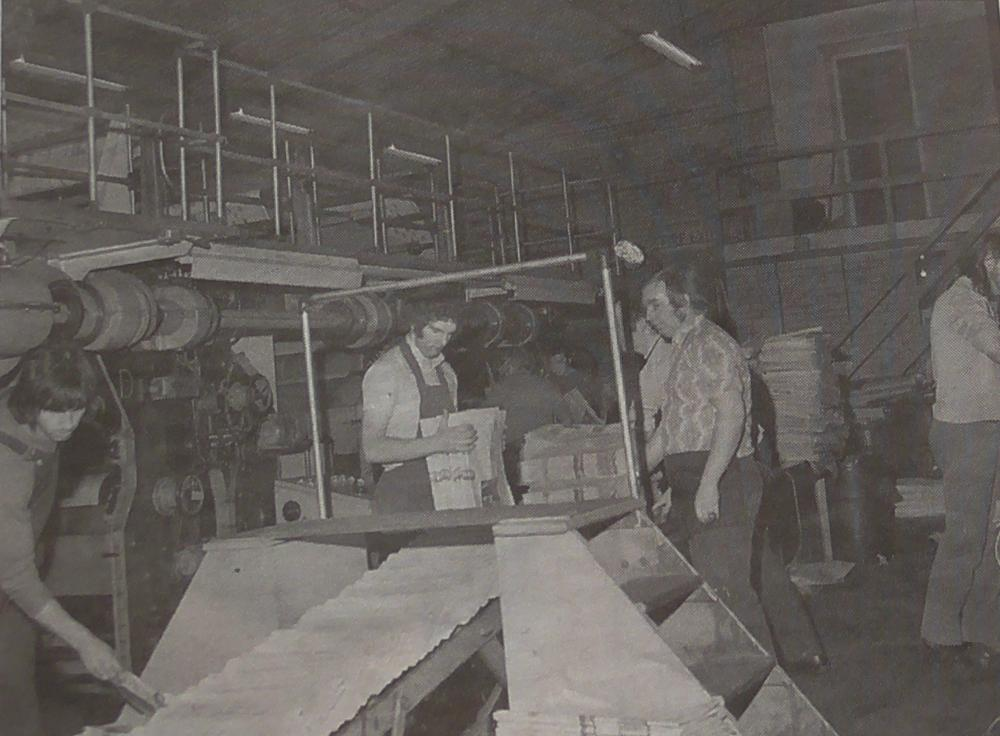 Wigan Observer Crabtree printing press at Woods street. 1970-80