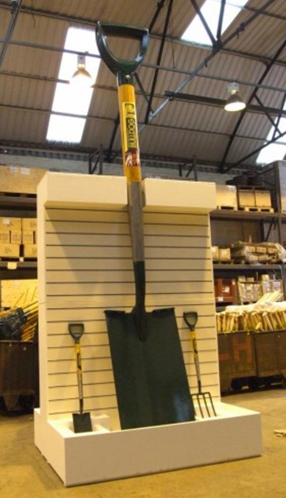 WORLD'S BIGGEST SPADE