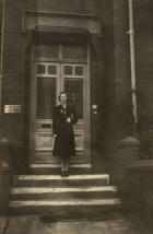 1941 Joyce Hampson outside what is possibly the Miss Bishop nurse training school