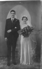 Mam and Dad Wedding 24th April 1943