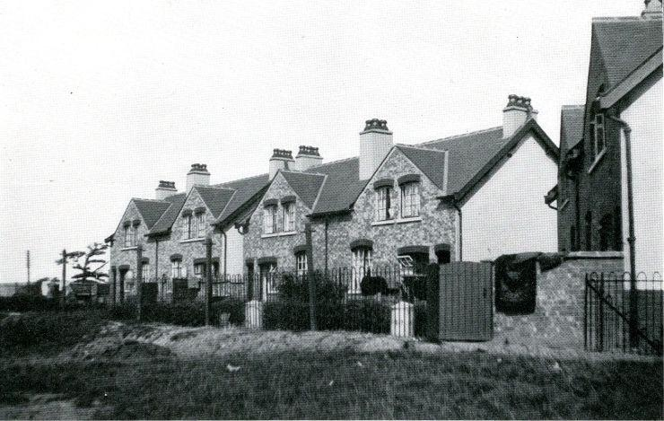 Rear view of model cottages, Pepper Lane. 1914.