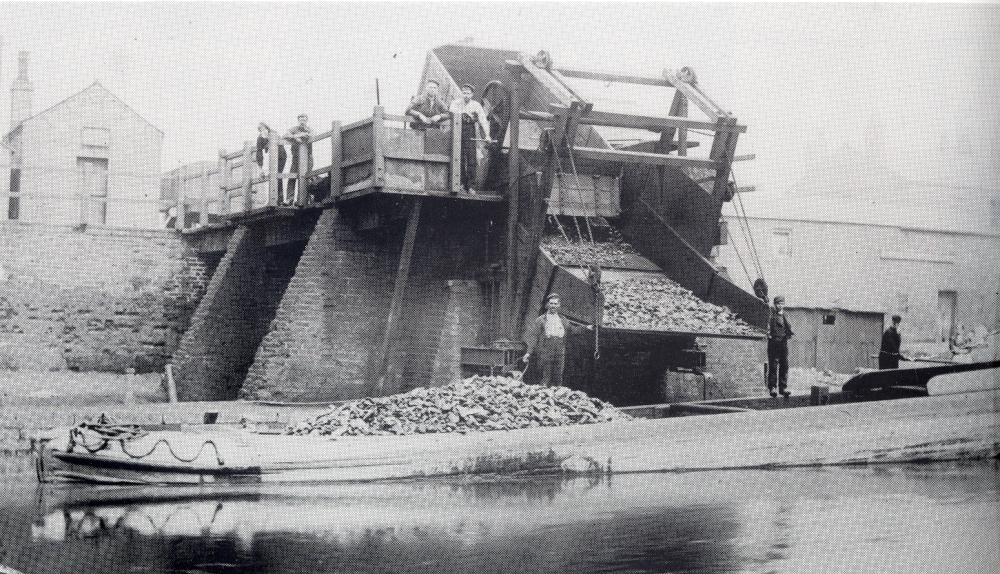Loading coal at Crooke