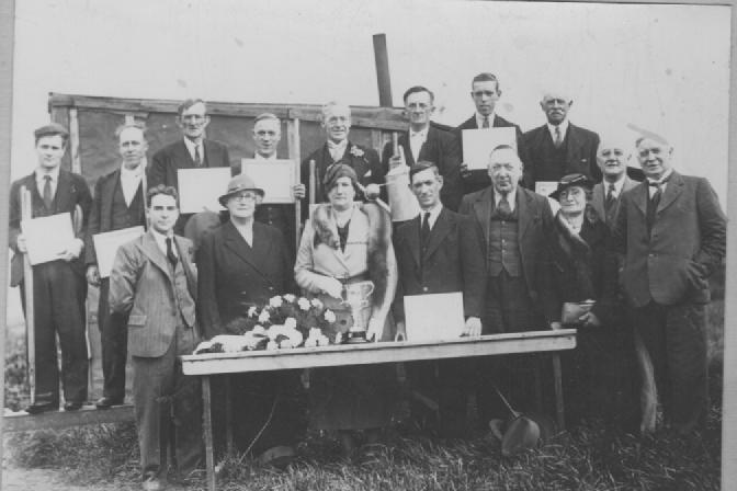 Aspull Allotments committee and allotment holders, 1936