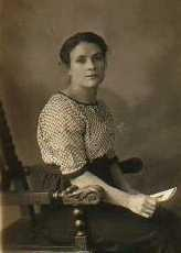 Mary Ellen Green born 13/10/1889.
