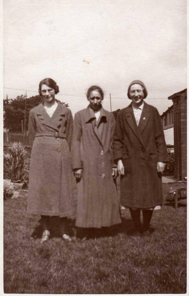 Ann and Mollie Walton and unknown person