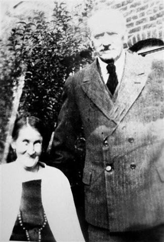 Peter and Margaret Ellen Marsh, c1933.