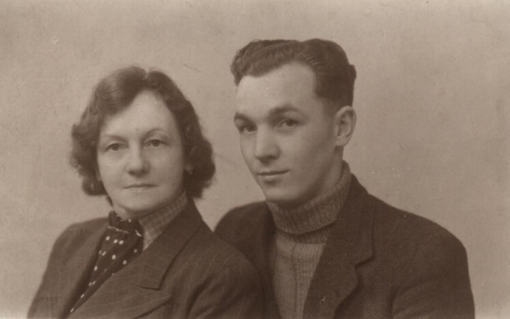 William Kay Fowles and his mother Lilian Fowles nee Kay