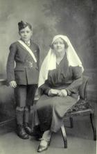 Ellen Hart Dawber and son George Dawber Jnr.