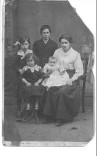Holland Family, Woodhouse Lane