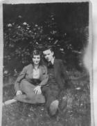 Jim & Edith Richards (parents) early 1940