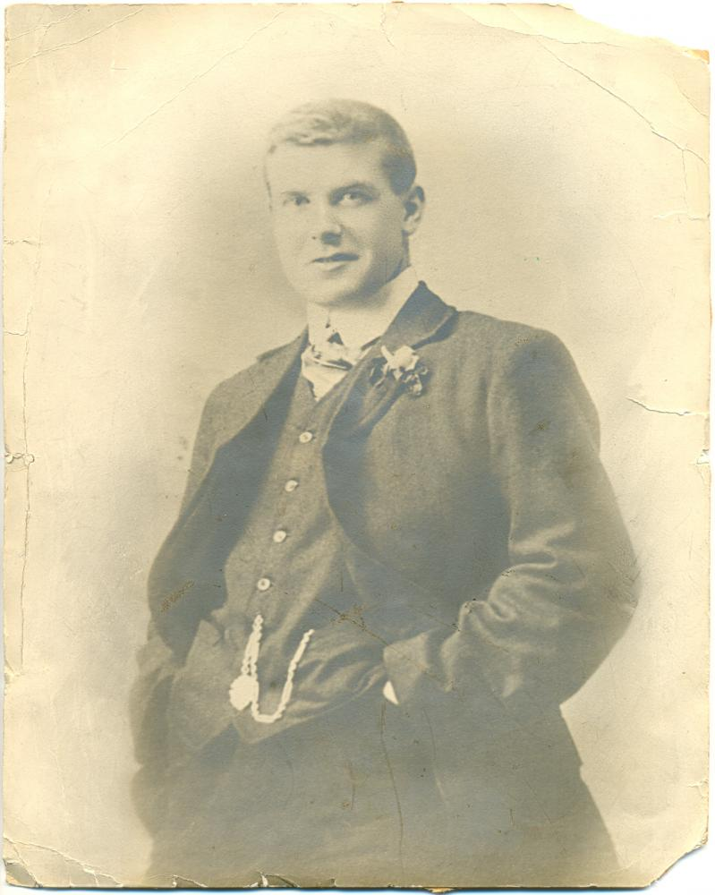 Peter Pennington, aged about 40