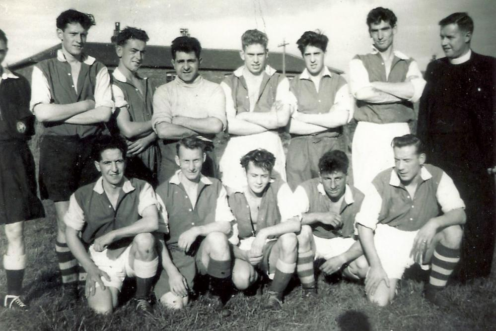 Roby Mill Football team 1950's  (2)