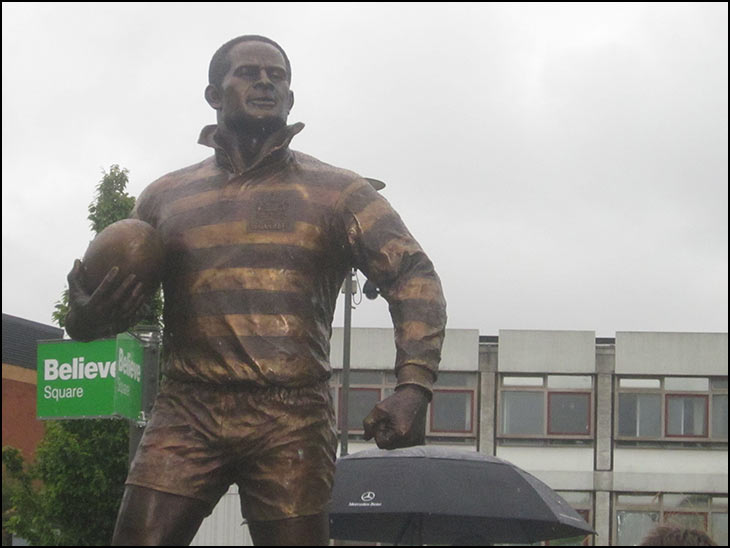 Billy Boston Statue