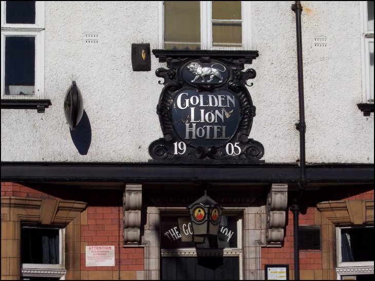 Golden Lion, 1905